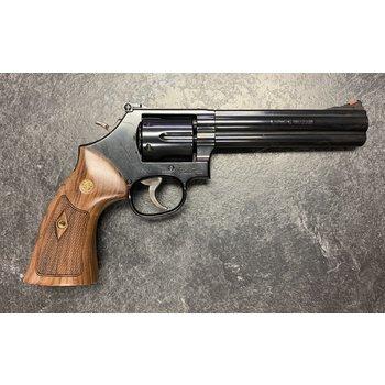 """Smith & Wesson 586-8, 357 Mag, 6"""" Barrel"""