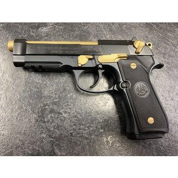 Beretta 96A1 40 S&W Custom Cerakote Semi Auto Pistol w/2 Mags & 150 Rounds of Ammo