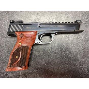 Smith & Wesson Model 41 22 LR Performance Center Semi Auto Pistol