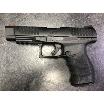 "Walther PPQ M2 22 LR 5"" Semi Auto Pistol w/2 Mags"