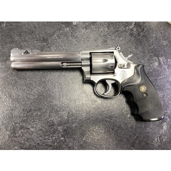 "Smith & Wesson Model 686-3 6"" Revolver w/4 Position Adjustable Front Sight"