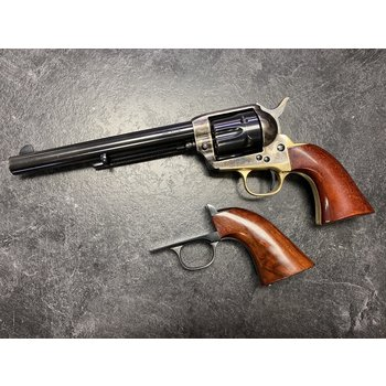 "Uberti Cattleman .45 Colt 7.5"" Revolver w/2 Grips"