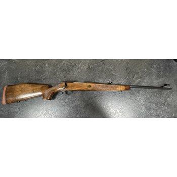 Sako AV Deluxe 300 Win Mag Bolt Action Rifle w/Sights