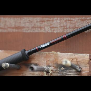 Lamiglas Redline Centrepin 12' 6-15lb 2-pc  Float Rod
