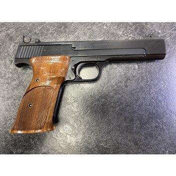 """Smith & Wesson Model 41 22 LR 5.5"""" Semi Auto Pistol (Made in 1986)"""