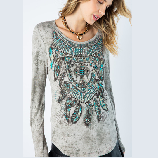 1217 LONG SLEEVE TOP WITH FEATHERS