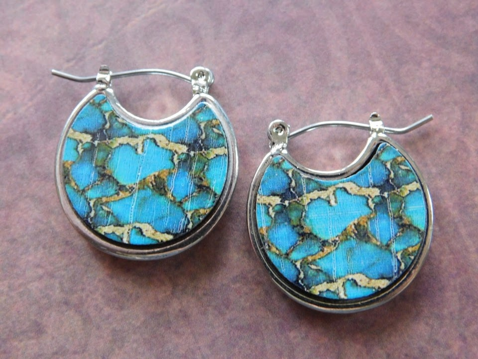 5285 TURQUOISE/GOLD CRESCENT EARRINGS