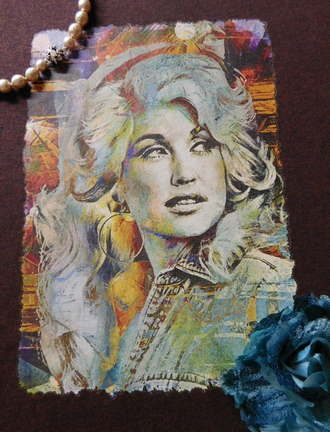1313 DOLLY PARTON ABSTRACT VINTAGE TEE