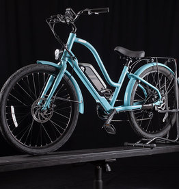 Raleigh Used 2019 Raleigh Special iE Step Thru E-bike, light blue
