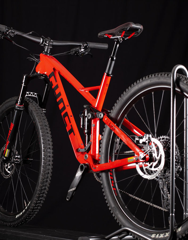 Used 2019 Ghost Slamr 6.9 Carbon 29er Mountain Bike Size M or 18in