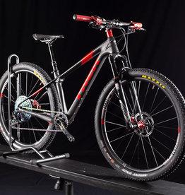 "Trek 2016 Trek Pro Caliber SL Custom Carbon Mountain Bike, Size X-Sm or 15.5"""