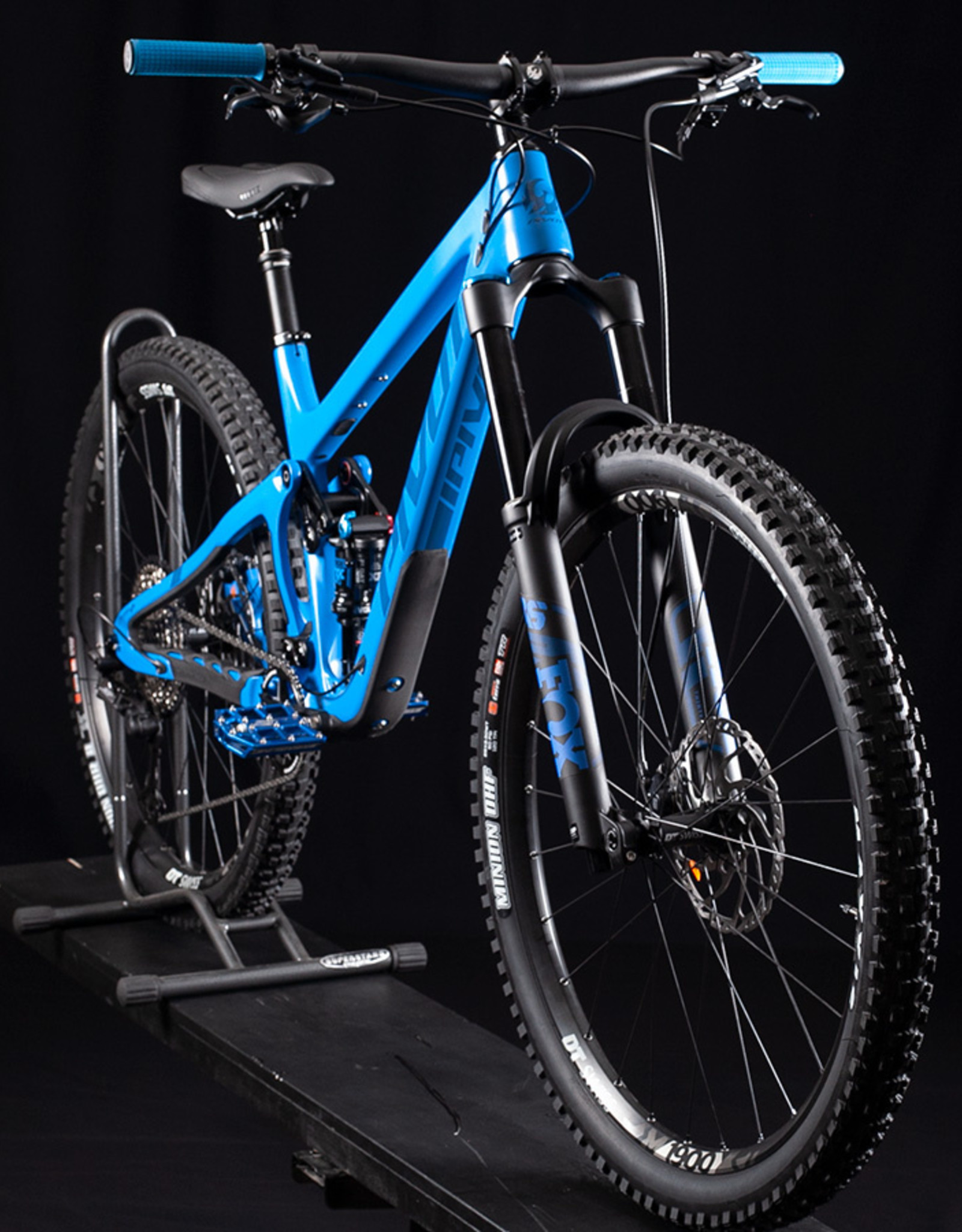 "2020 Pivot Switchblade Pro XT (27.5"" or 29"") , Horizon Blue"