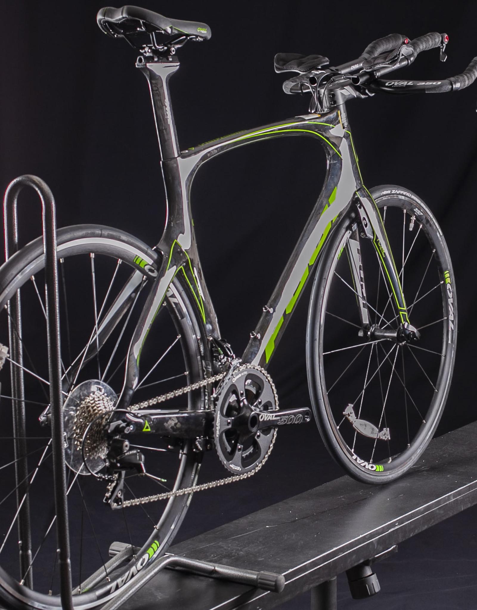 NOS 2017 Fuji Norcom straight 2.3 Carbon Tri/TT Bike,shimano 105, size 55cm