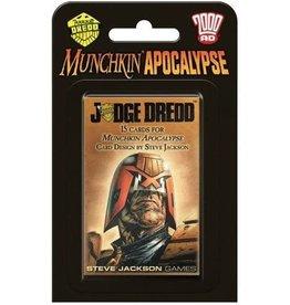 Munchkin Apoc Judge Dredd
