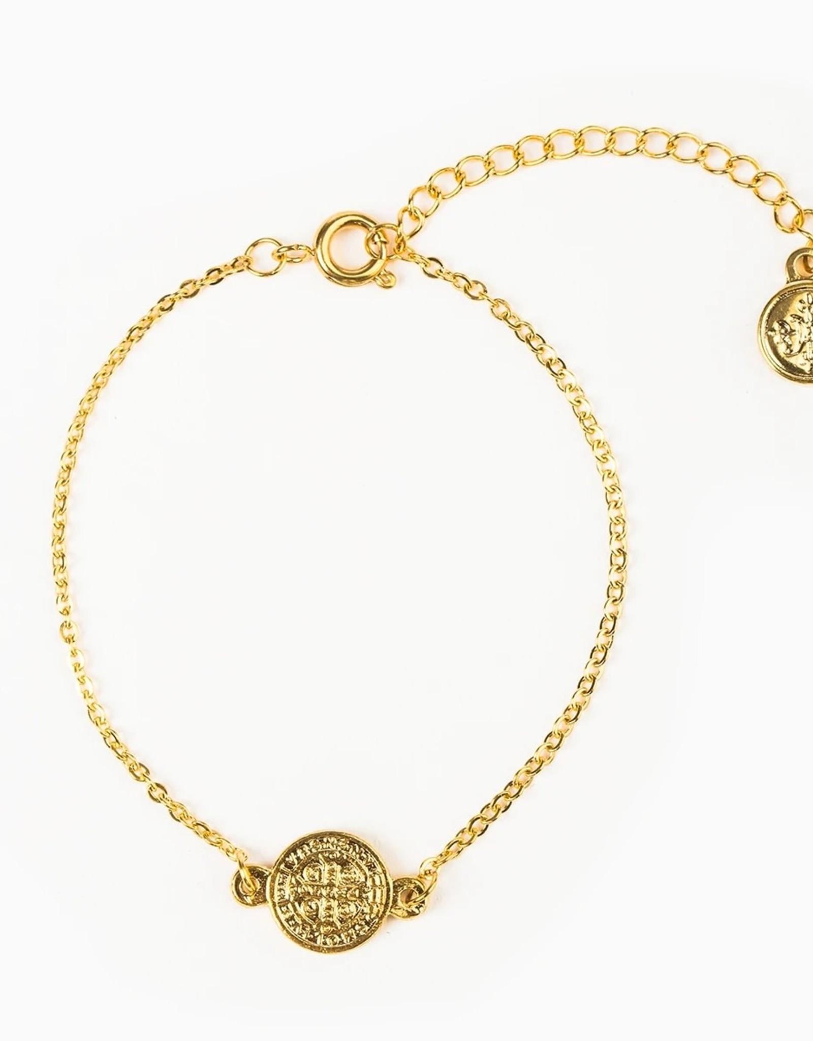 Breathe Chain Bracelet Gold