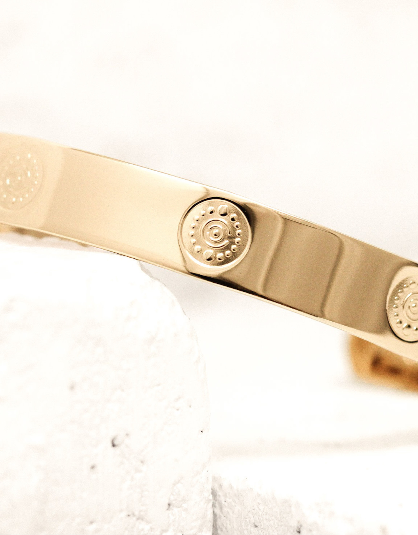 Pieces of Me Bracelet Creative Gold