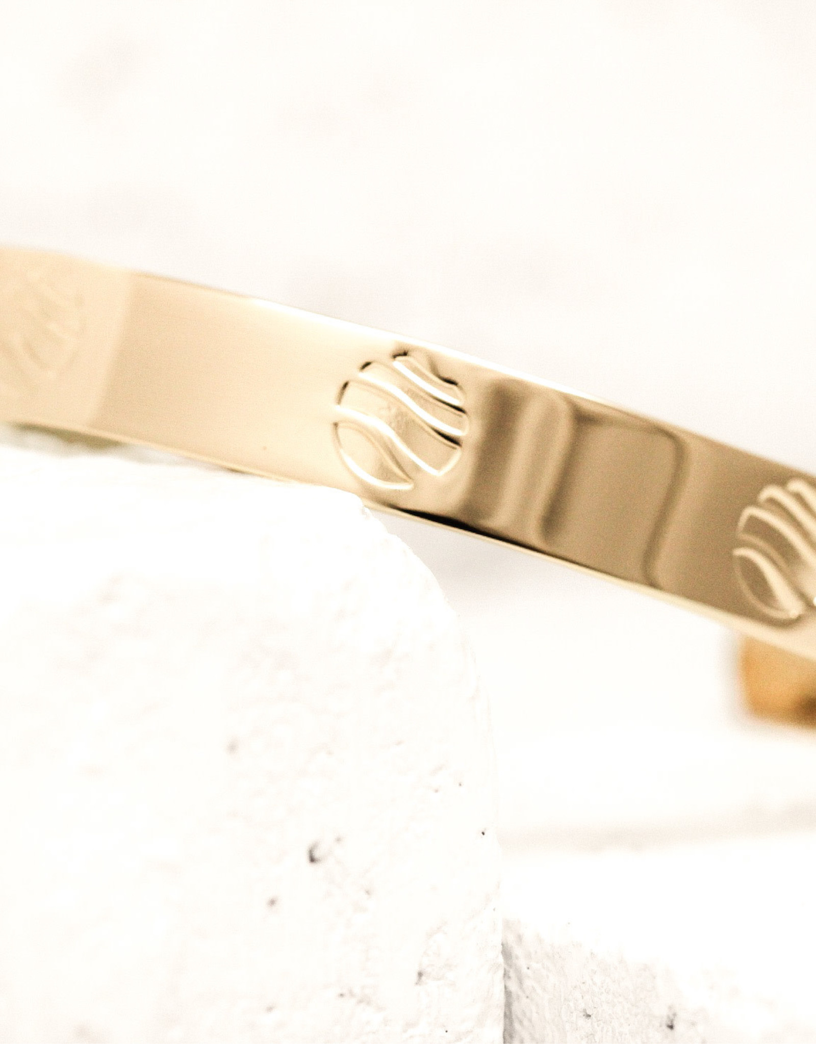 Pieces of Me Bracelet Easy Going Gold