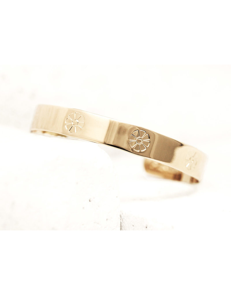 Pieces of Me Cuff Outgoing Gold