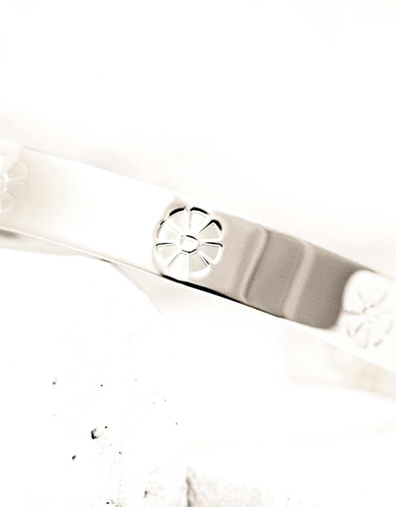 Pieces of Me Bracelet Outgoing Silver