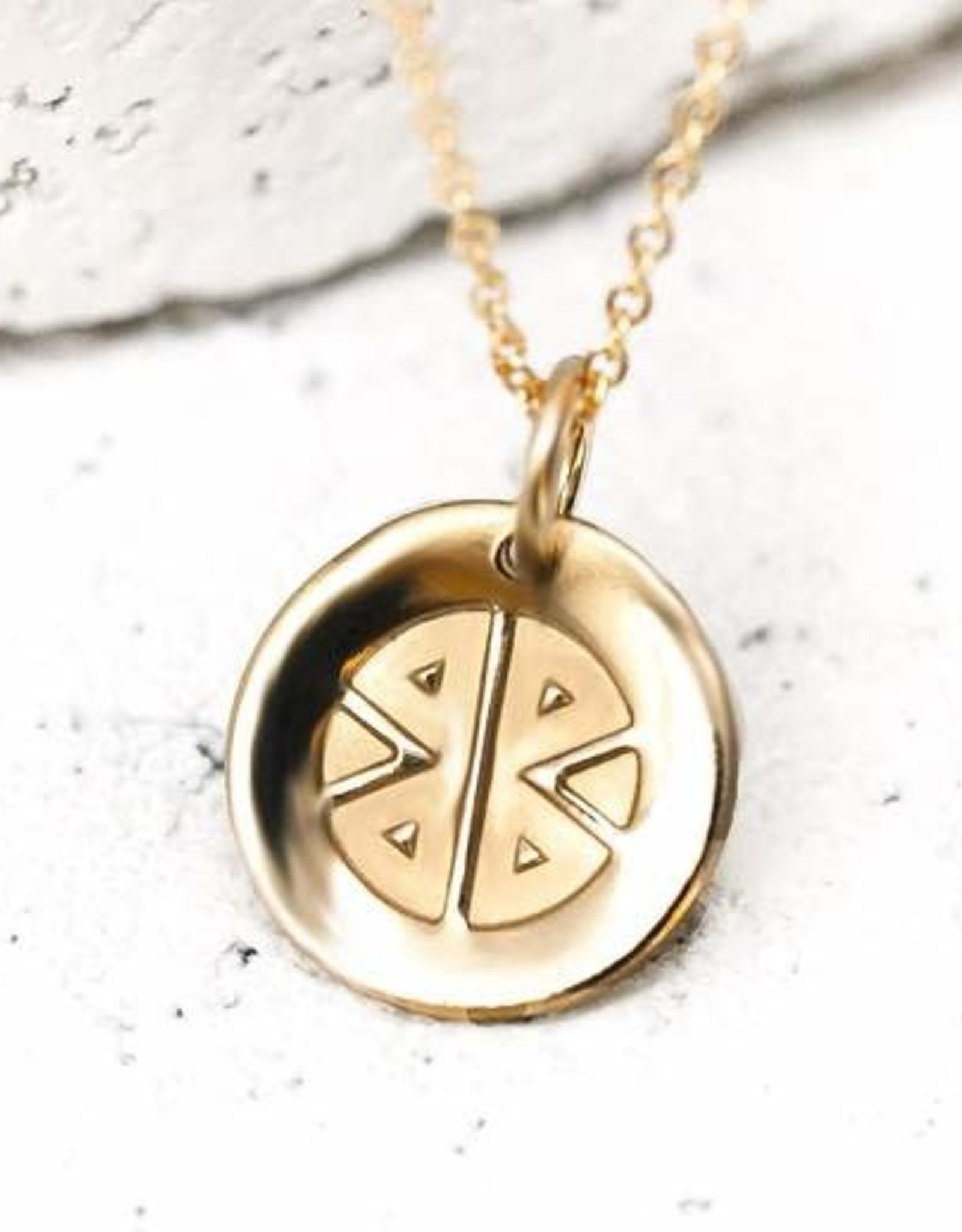 Pieces of Me Necklace Strong Gold