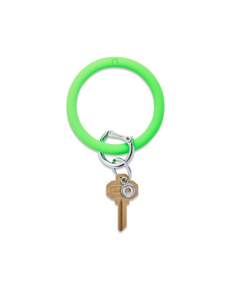 Big O Silicone Keyring In the Grass