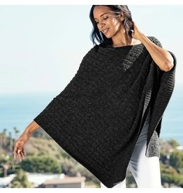 Barefoot Dreams Barefoot Dreams Cozychic Light Cable Poncho Carbon Black