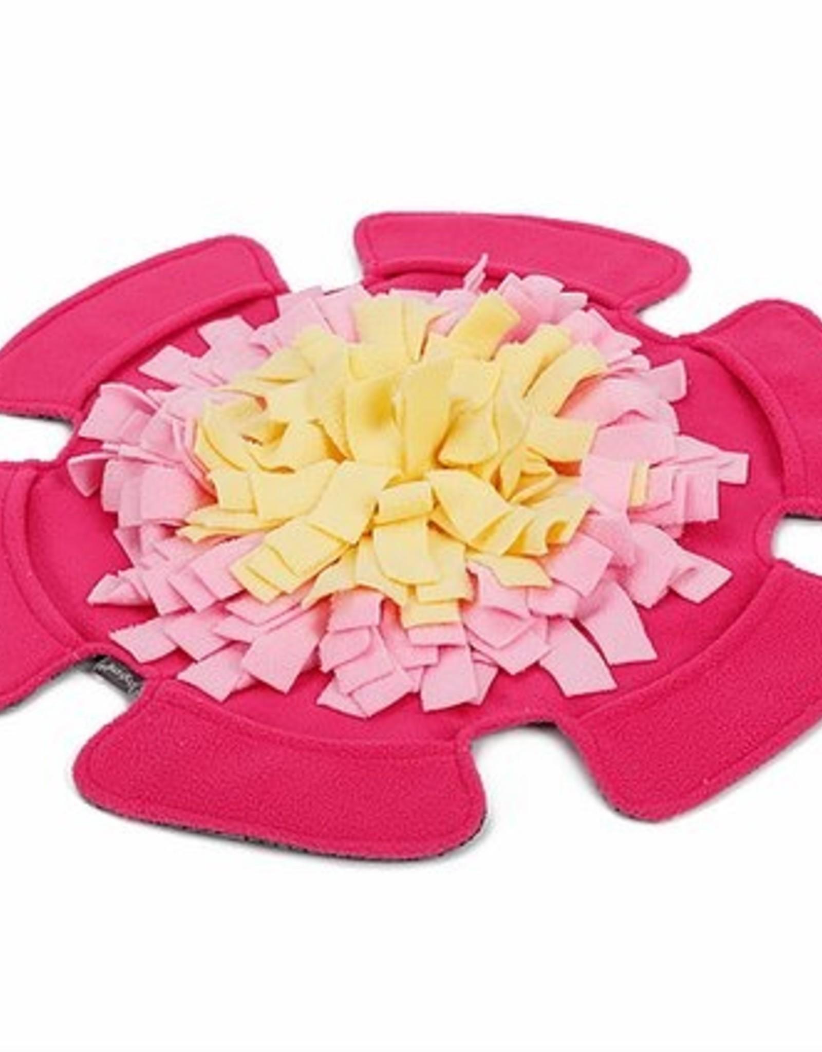 Pawz N Dogz Pawz N Dogz Floral Fleece Snuffle Mat