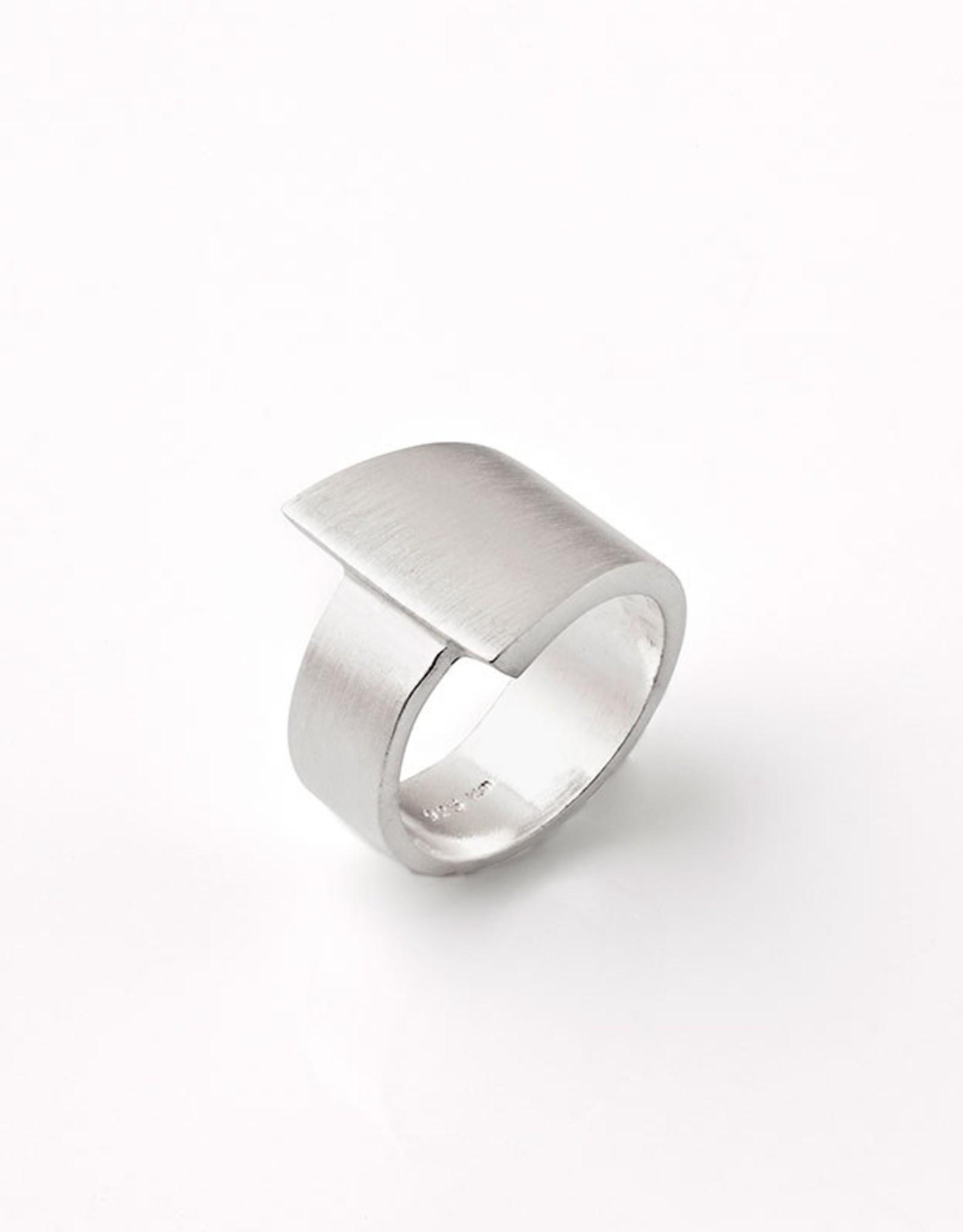 Kelim Narrow Asymmetrical Ring
