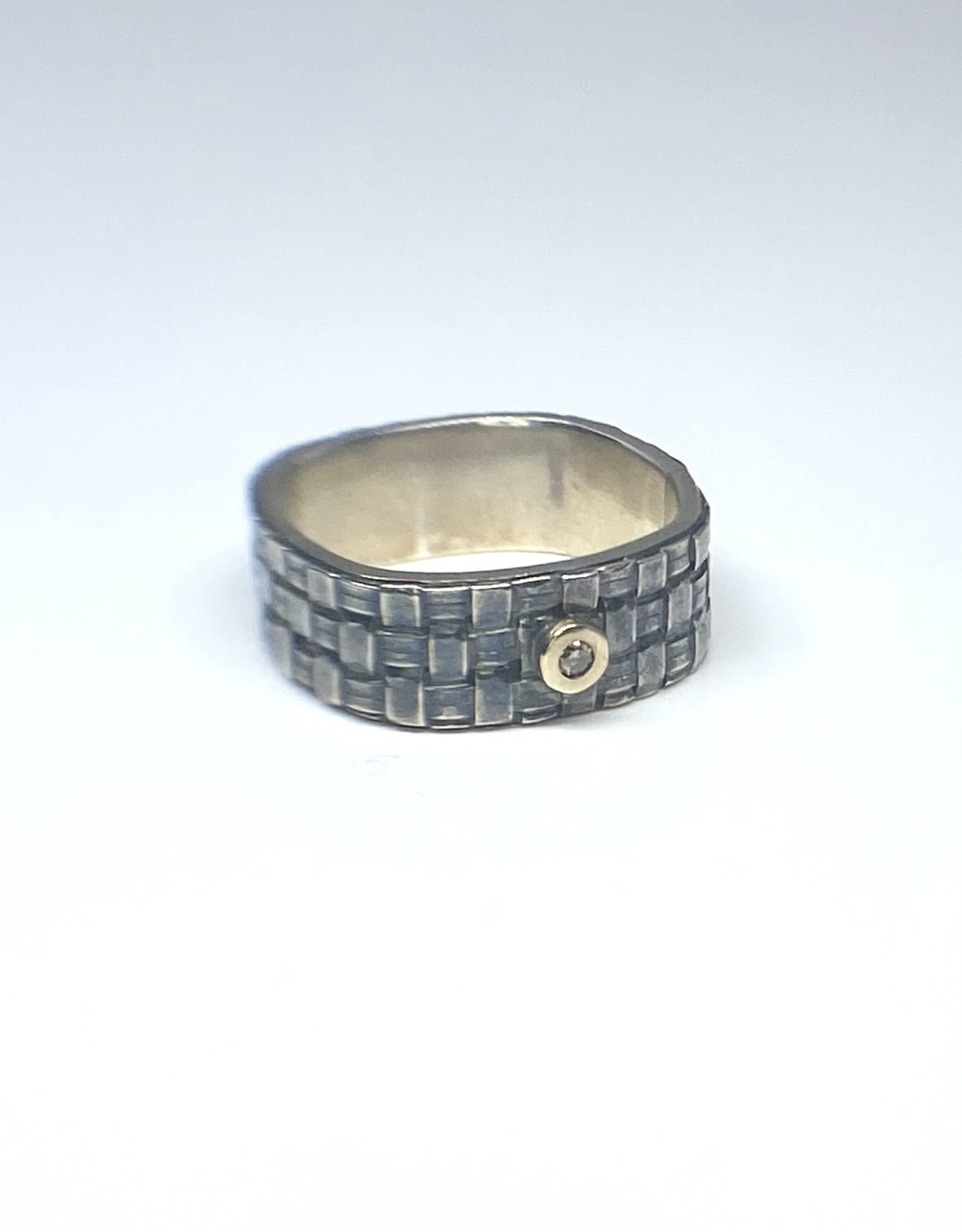 LINDA BERNASCONI Square Basket  Weave Ring