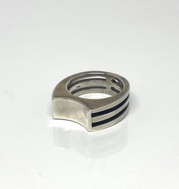 Nobles Metales Concave Slats Silver Ring