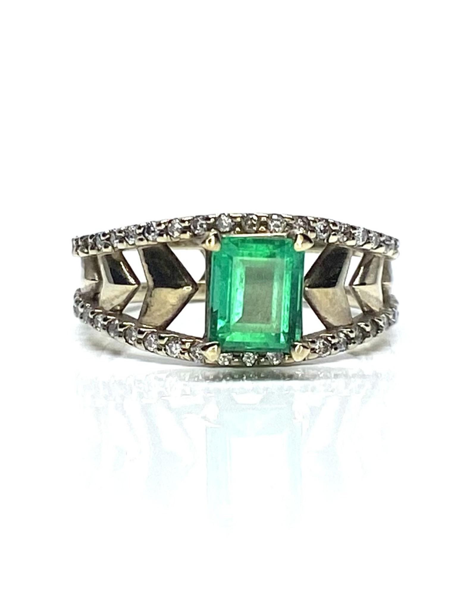 Nobles Metales Emerald Ring