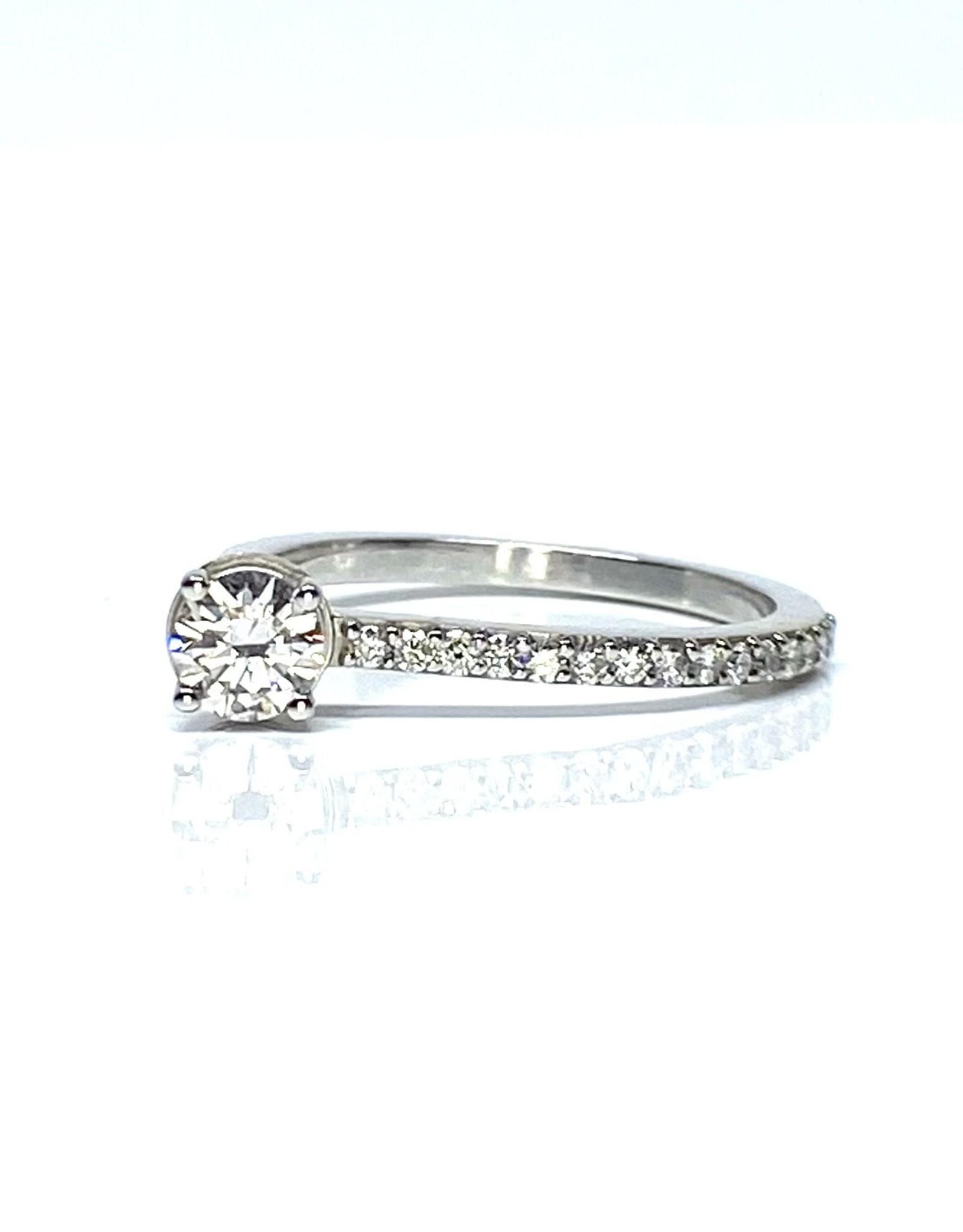 Nobles Metales Offset Round Diamond Ring