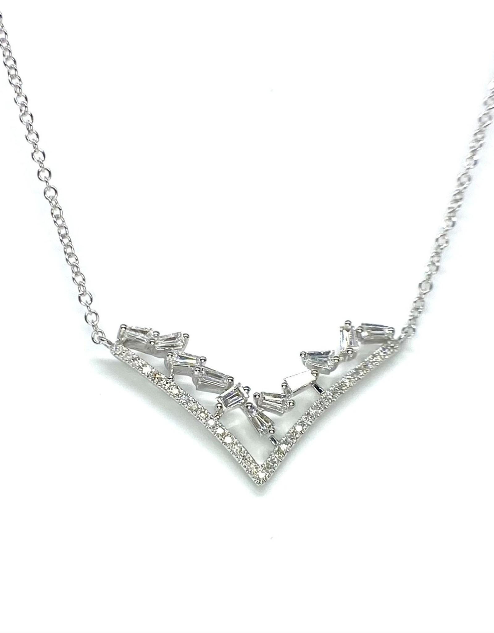 Nobles Metales V Shape Diamond Necklace