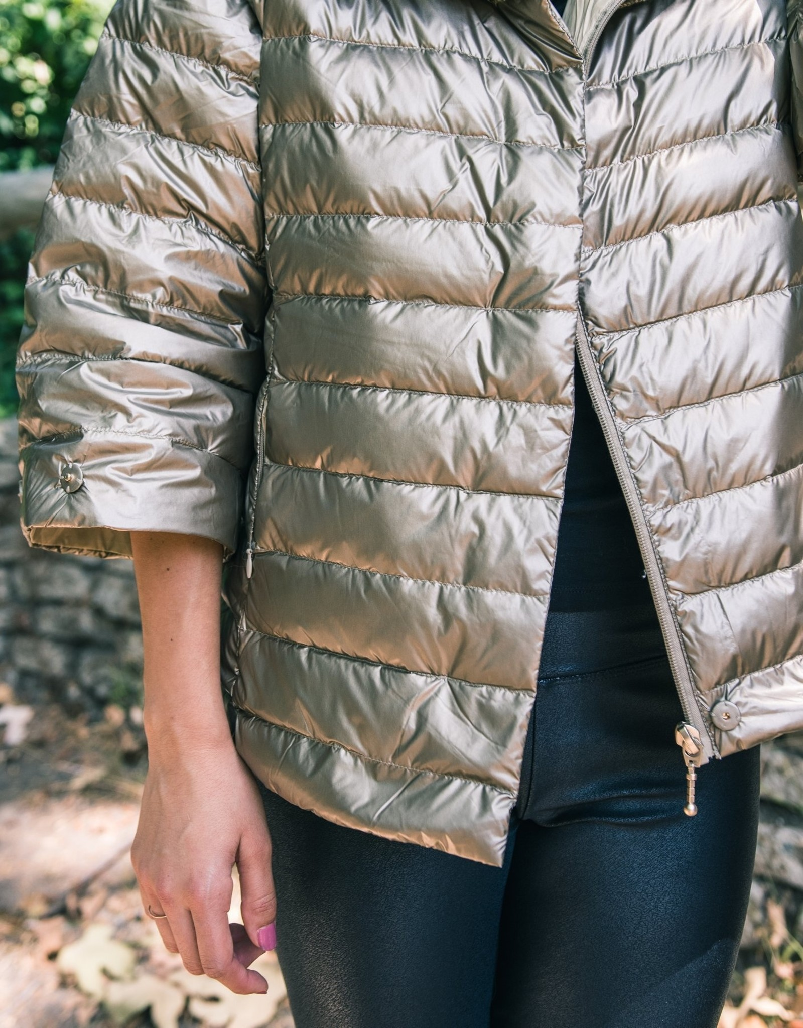 Anorak Crop Sleeve Puffer in Gold