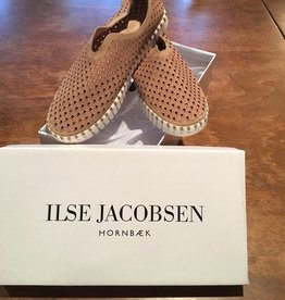 Ilse Jacobsen Ilse Jacobsen Tulip Slip on Flats in Latte (Dk Tan)
