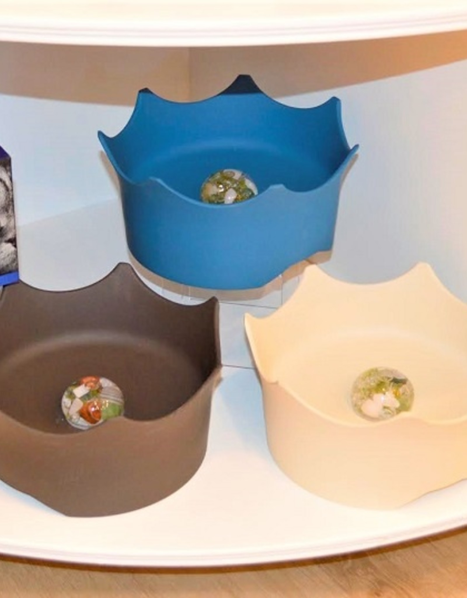 Gem Water Gem-Water CrownJuwel Pet Bowl by VitaJuwel in Slate Gray