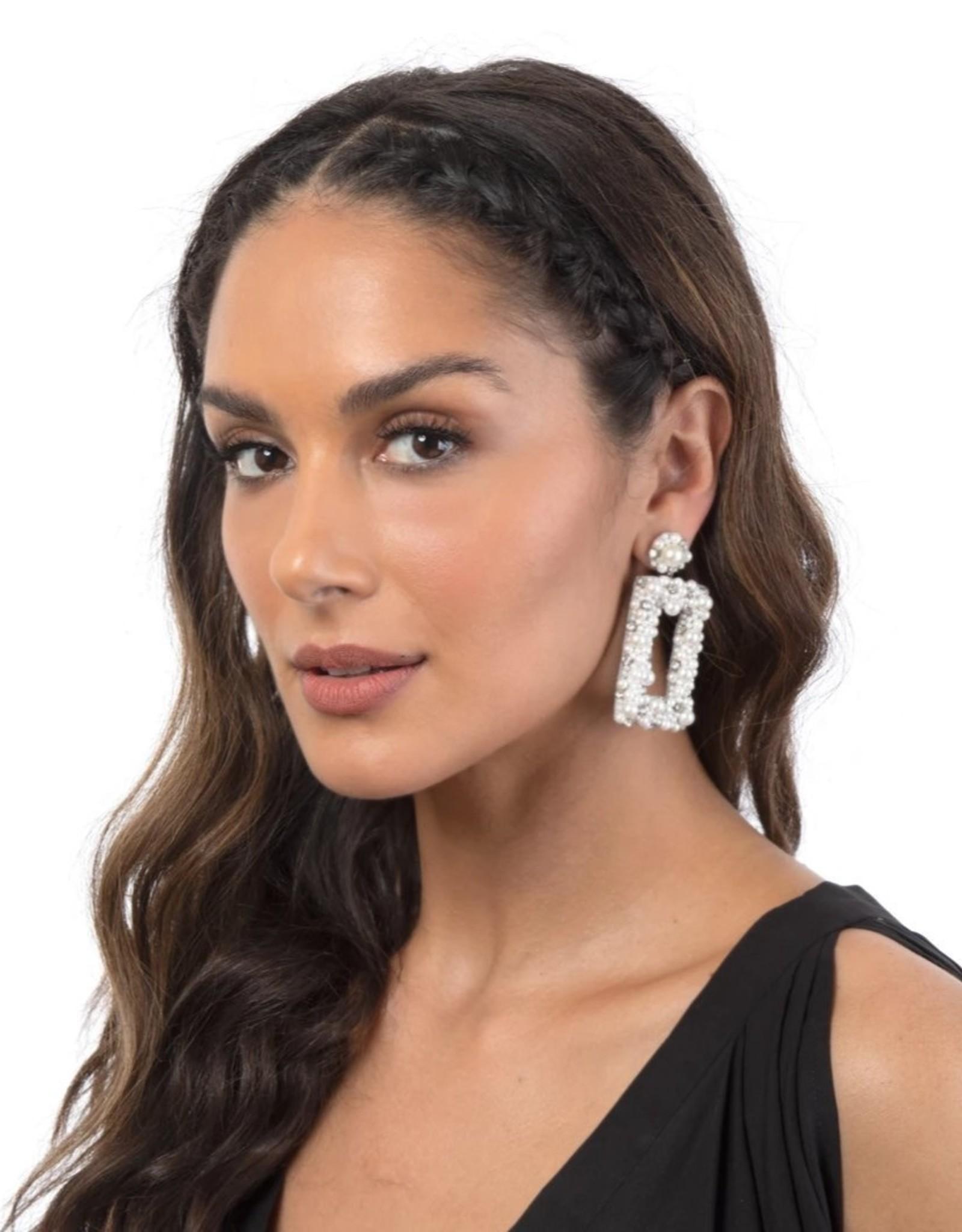 Deepa Gurnani Deepa Gurnani Sophia Ivory Beaded Chandelier Earrings