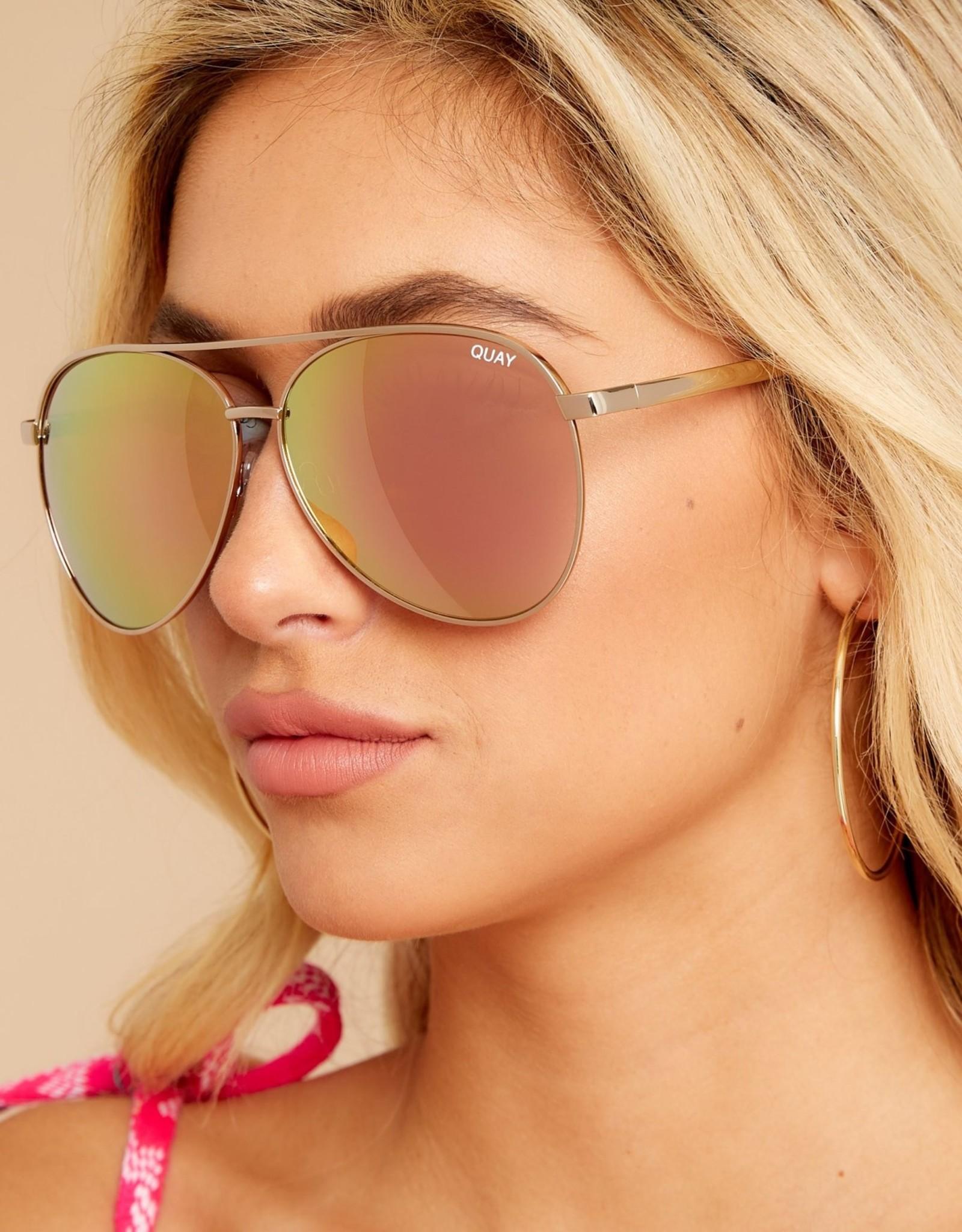Quay Quay Vivienne Sunglasses Gold/Rose