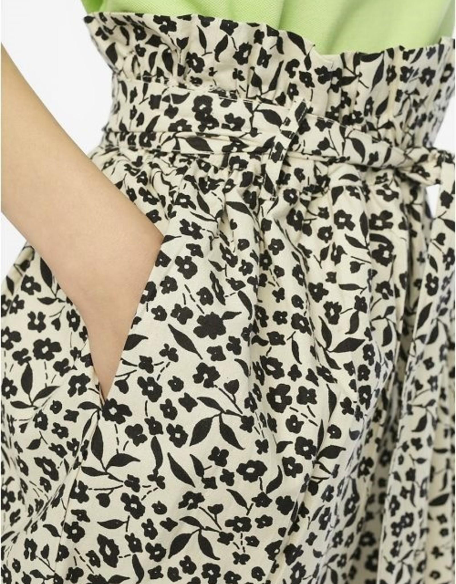 Black Flowers Paper-bag Waist Skirt