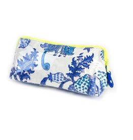 Roller Rabbit Roller Rabbit Amanda Small Make Up Bag