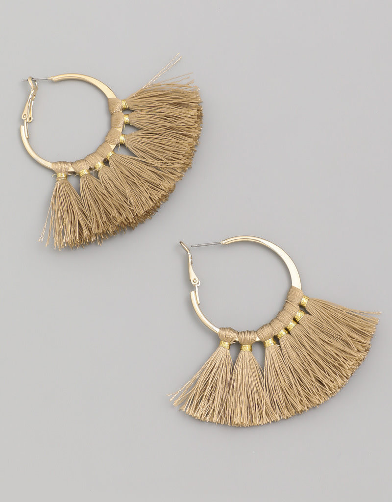 Tassle earrings brown