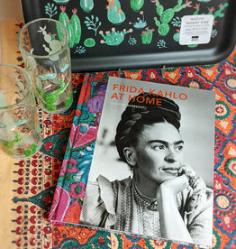 Hachette Frida Kahlo At Home