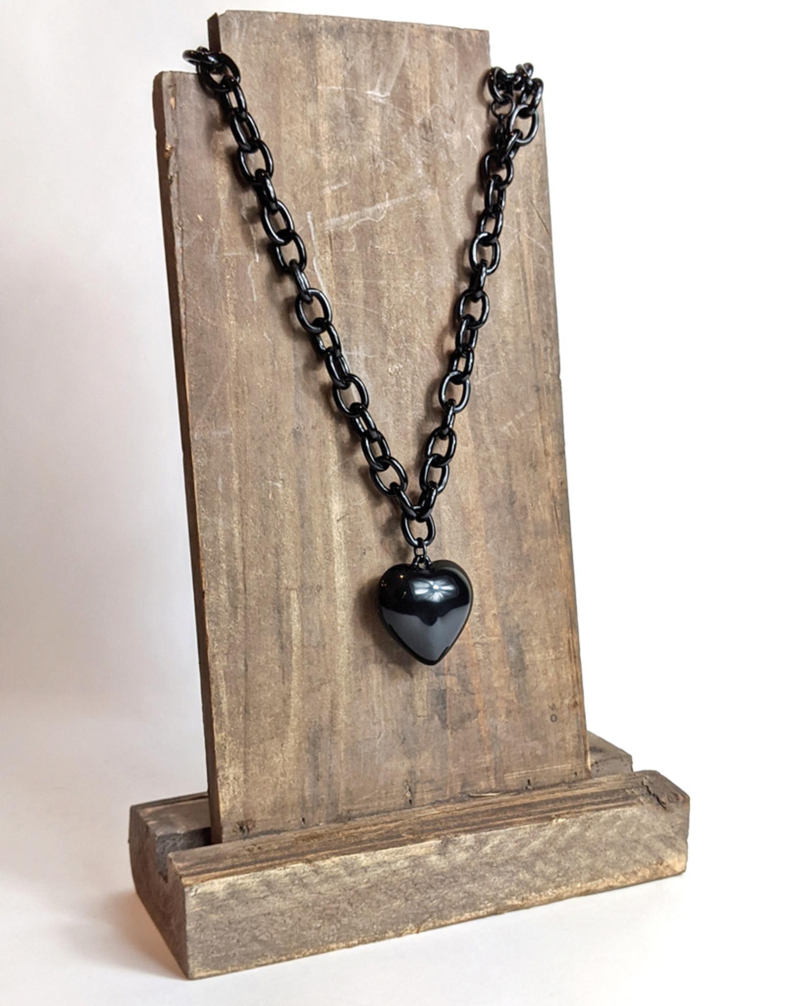 Hotcakes Design Black Heart Necklace