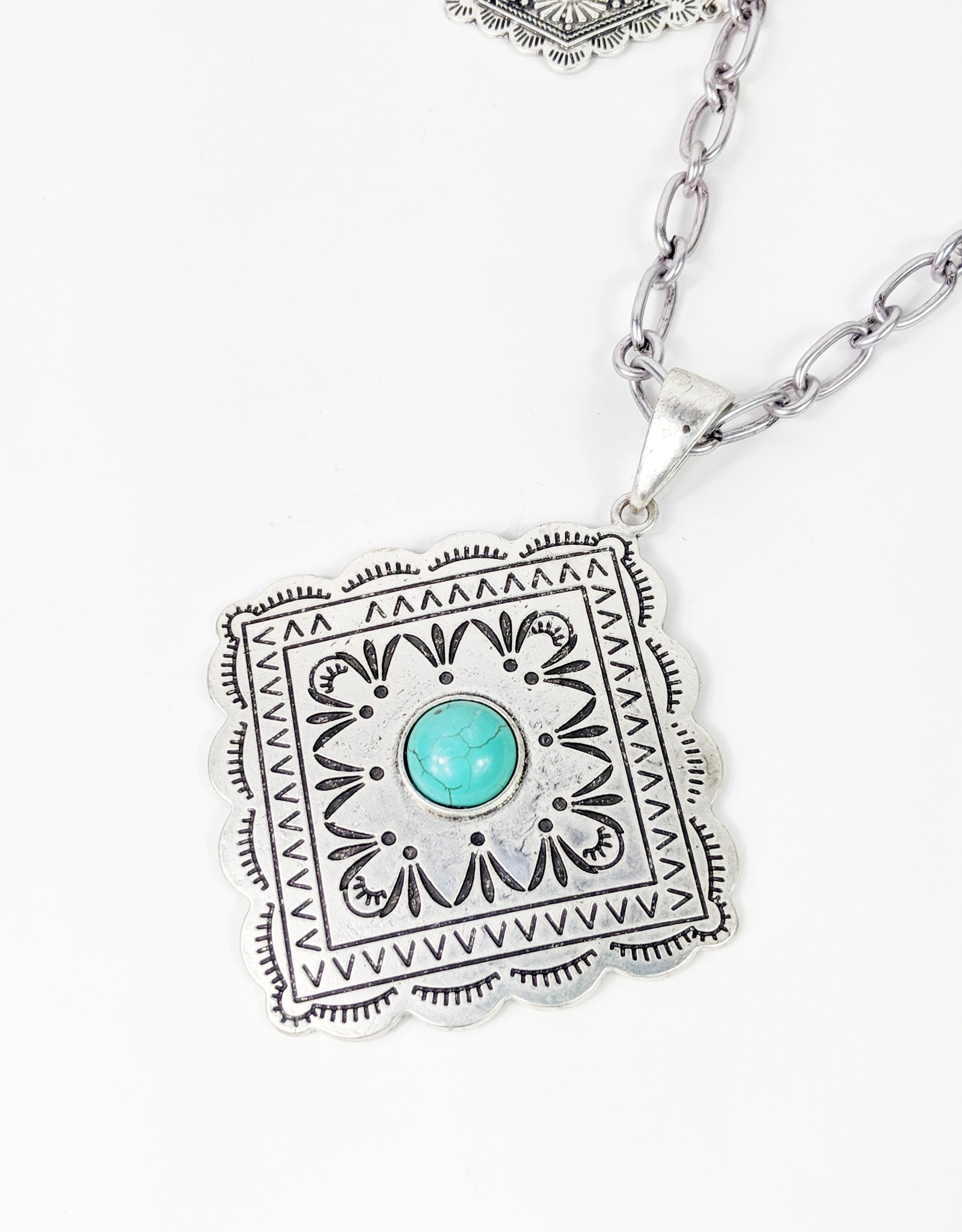 Isac Trading Concho Pendant Necklace w/Cable Chain