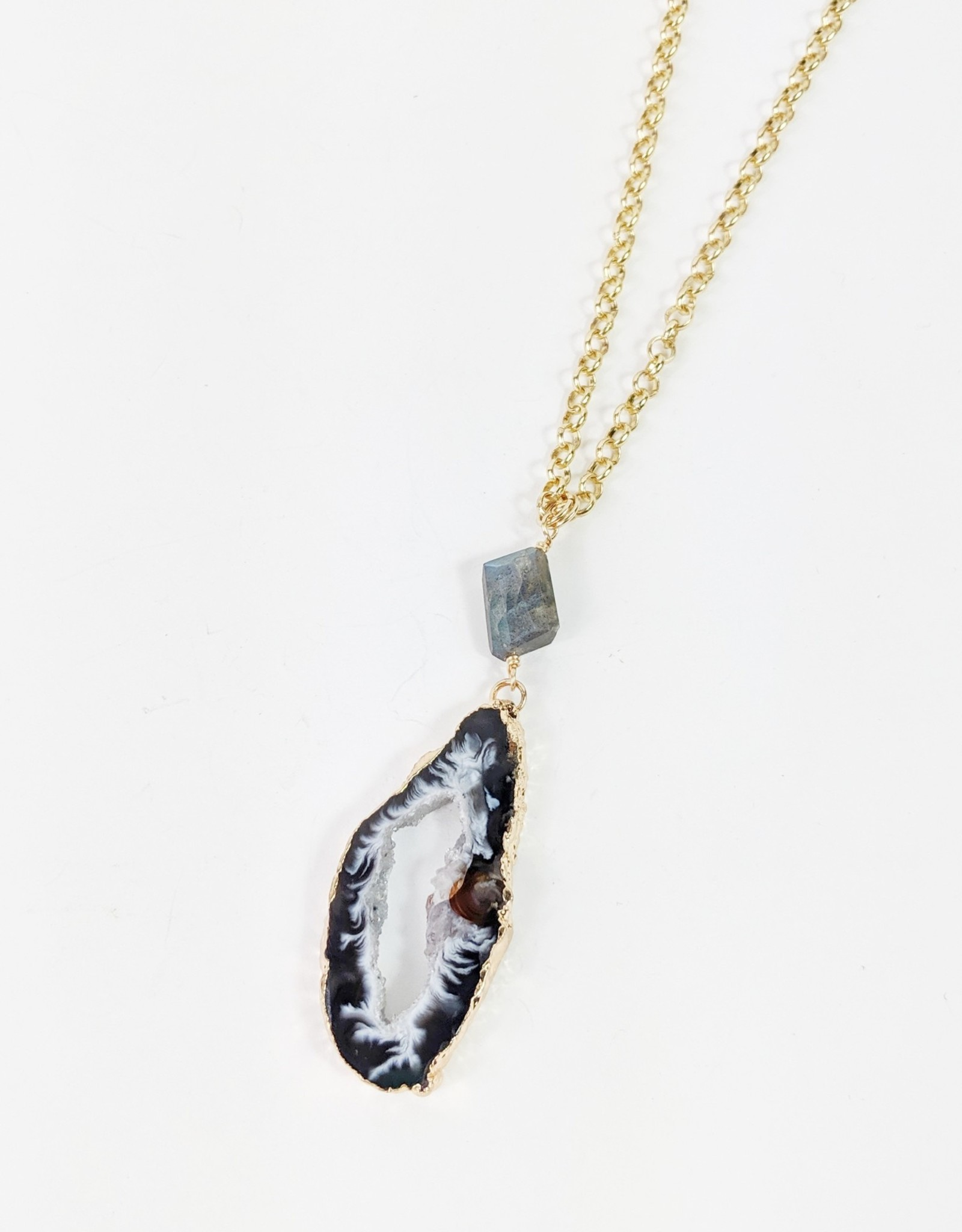 Lotus Jewelry Coachella Agate Geode Necklace