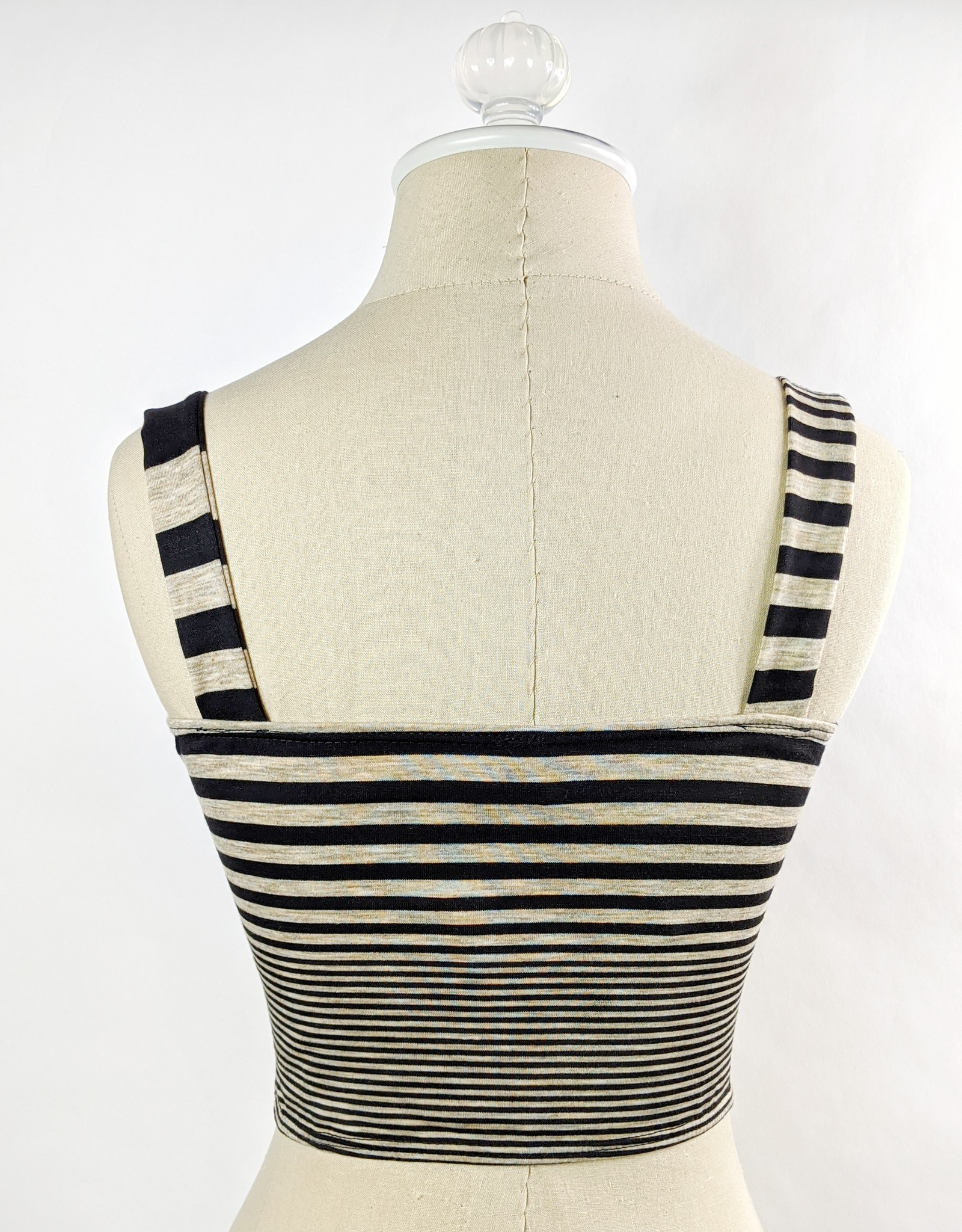 Promesa Knit Stripe Crop Top