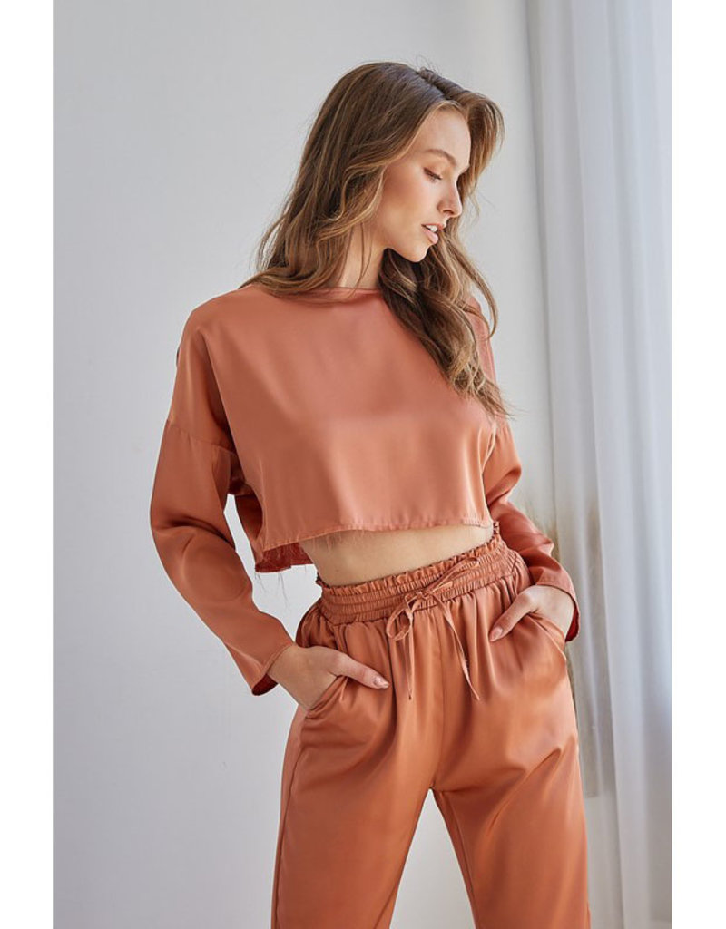 idem ditto Silky Long Sleeve Crop Top