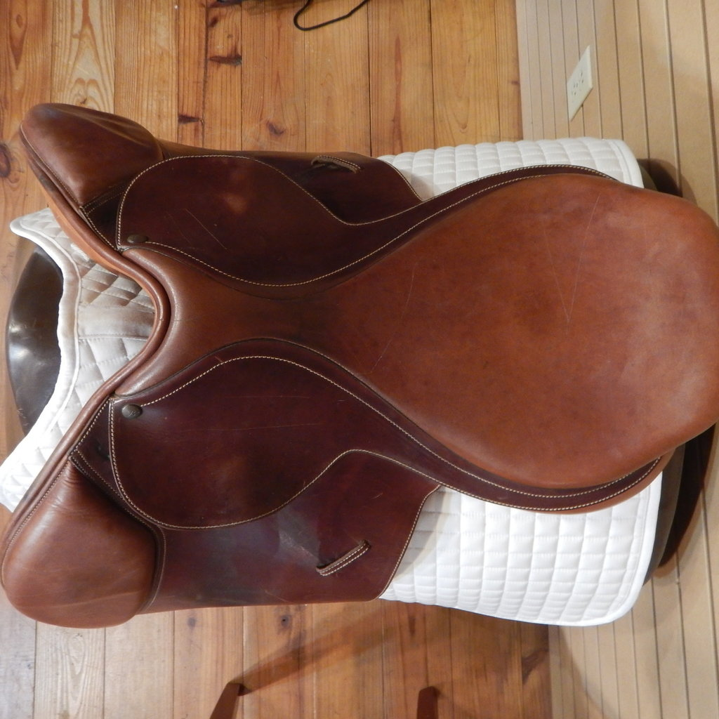 Bates Used Bates Caprilli Jumping Saddle - T244