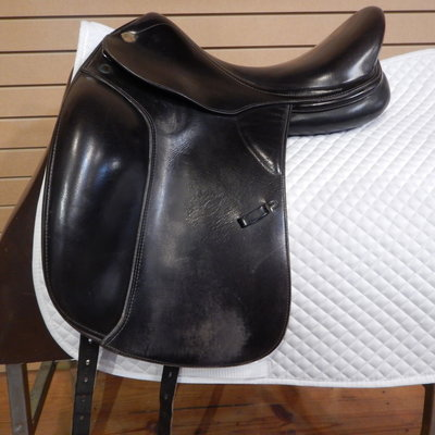 Prestige Used Prestige Dressage Saddle