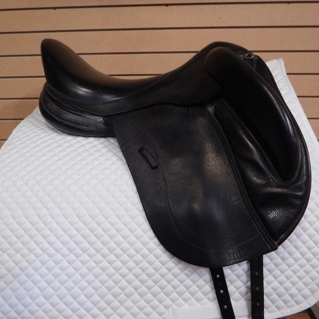Patrick Rigel Used Patrick Rigel Dressage Saddle - T254